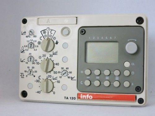 Junkers TA 120A Steuerung Regelung mit Digitaluhr